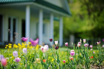 Stay Comfortable This Spring With These HVAC Tips